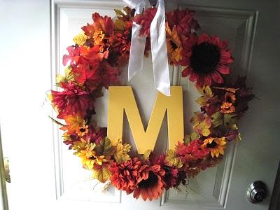 Round 3: Readers create wreaths & pumpkins