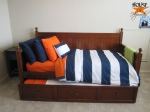 The boy is seeing stripes {PB knock off boy bedding}