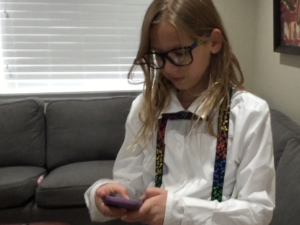 she's a nerd    vlog_12
