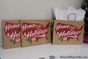 GIVEAWAY: Holiday Wood Sign Art – Home for the Holidays {CLOSED}