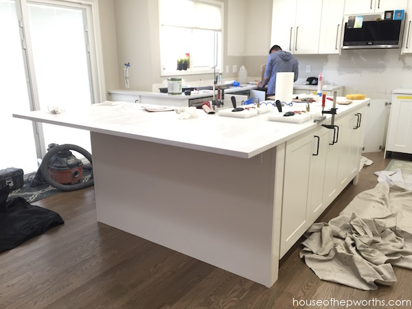 Installing IKEA quartz countertops – Frosty Carrina