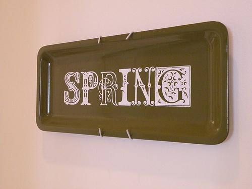 Springing the Tiki Platter || dollar store art