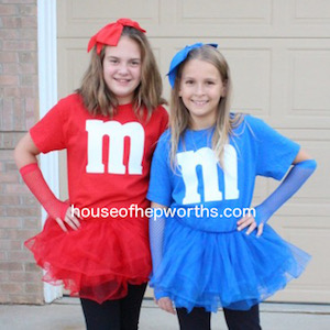 Easy DIY matching M&M costumes